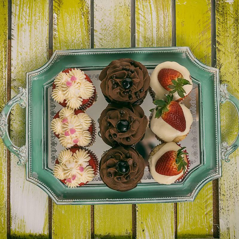 9 Cupcakes Box