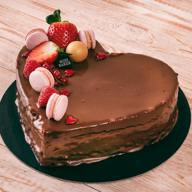 Chocolate Mouse Love Cake